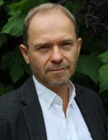 Klaus E Olsen